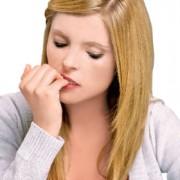 Rosul unghiilor..un gest inofensiv sau tulburare obsesiv-compulsiva ?
