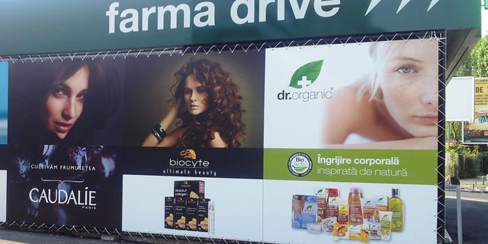 A aparut prima farmacie DRIVE-IN